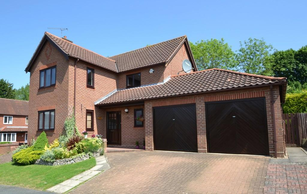 4 Bedrooms Detached House for sale in Daundy Close, Ipswich, Suffolk