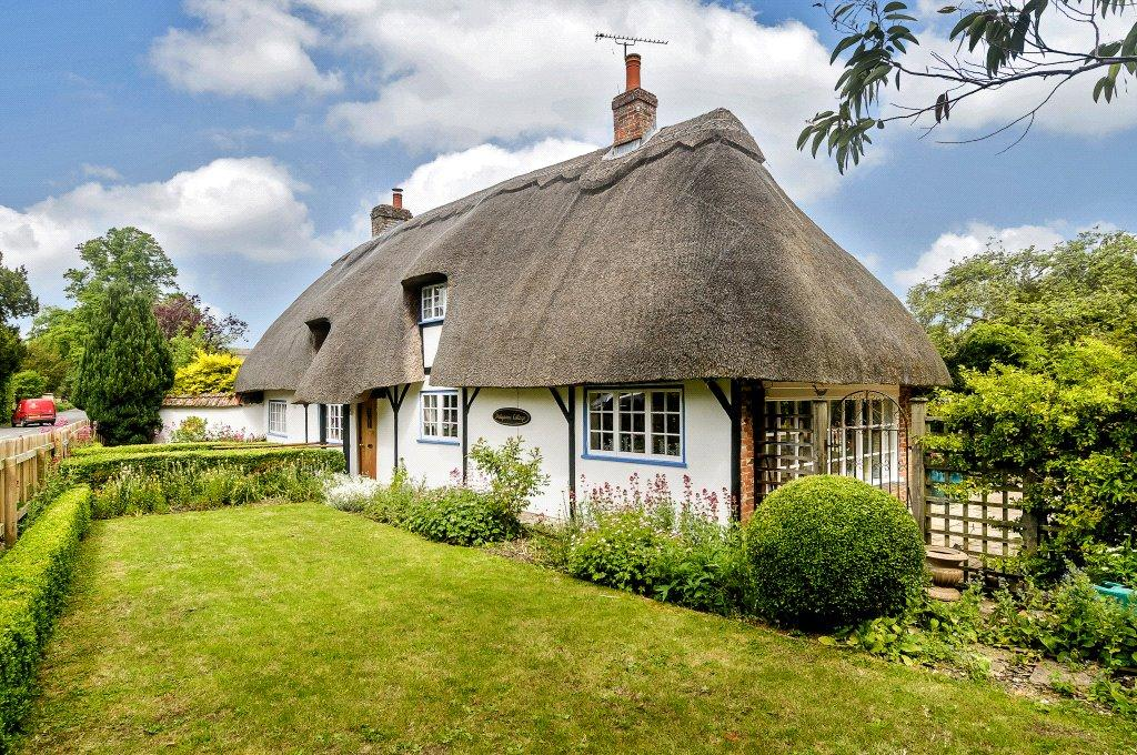 3 Bedrooms Detached House for sale in Little Ann Road, Abbotts Ann, Andover, Hampshire, SP11