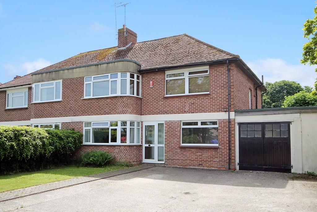 4 Bedrooms Semi Detached House for sale in Chesswood Road, Worthing BN11 2AD
