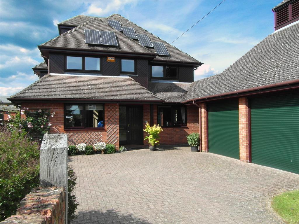 5 Bedrooms Detached House for sale in Verney Road, Winslow
