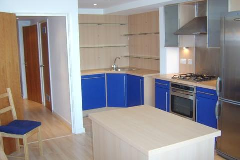 2 bedroom flat to rent - Hopton Road London SE18