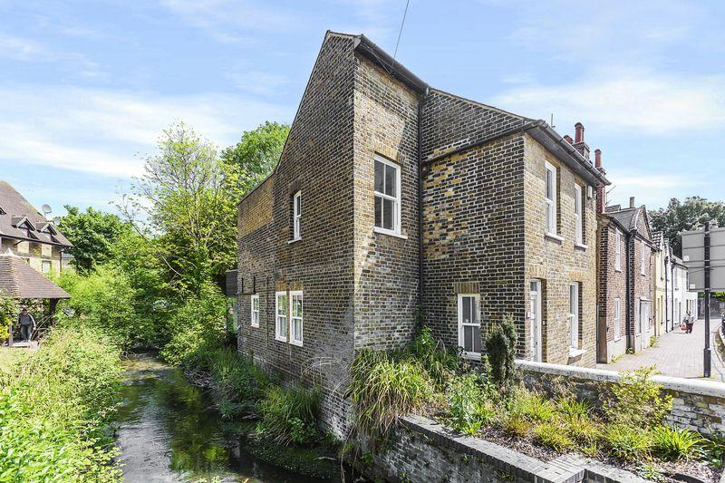 3 Bedrooms Detached House for sale in Bexley High Street, Bexley