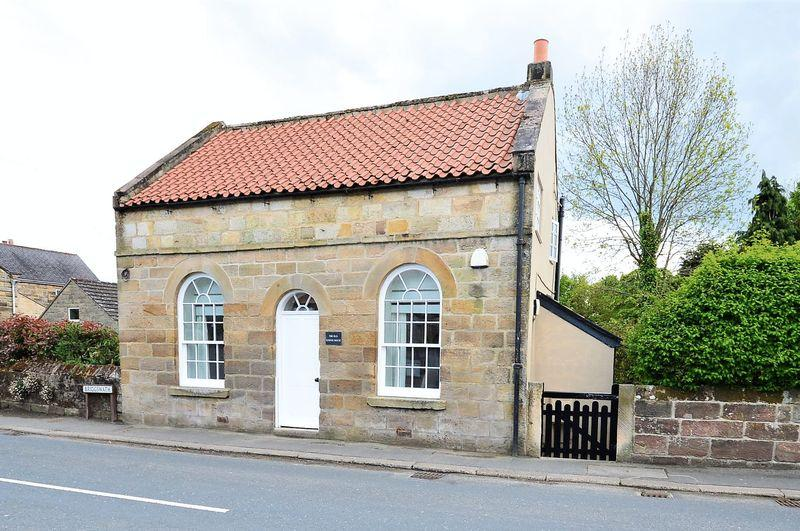 2 Bedrooms Cottage House for sale in Briggswath, Sleights, Whitby