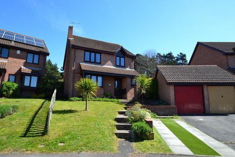 4 bedroom detached house for sale - Canford Heath