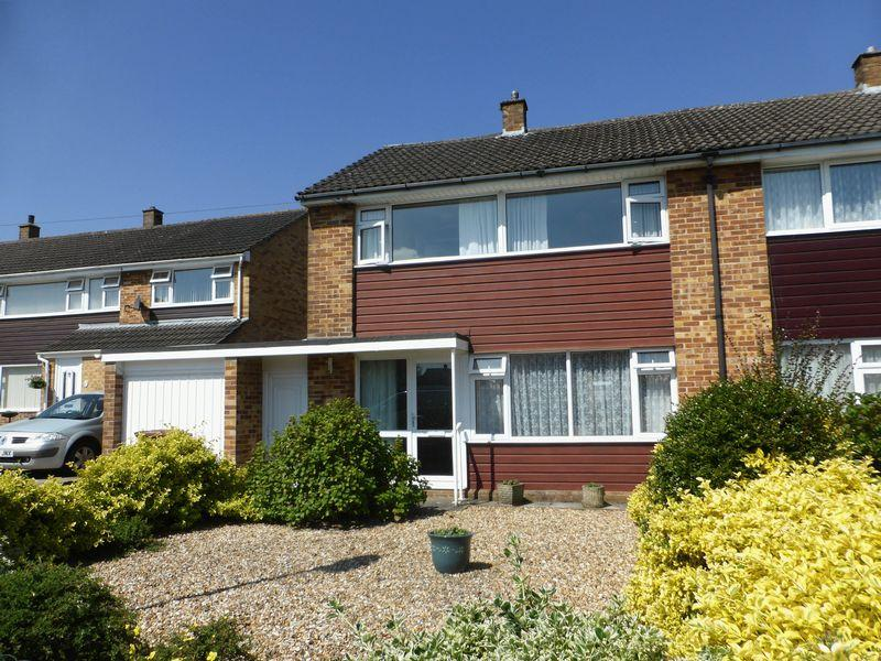 3 Bedrooms Semi Detached House for sale in Whitstone Rise, Shepton Mallet