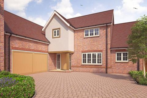 5 bedroom detached house for sale - Hops End, Dark Lane, Puttenham, Surrey, GU3