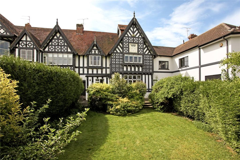 3 Bedrooms Terraced House for sale in The Willows, Windsor, Berkshire, SL4