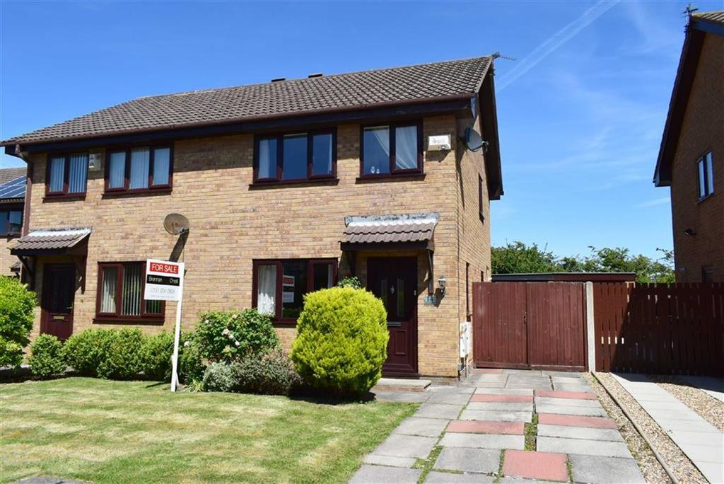 3 Bedrooms Semi Detached House for sale in Morpeth Close, CH46