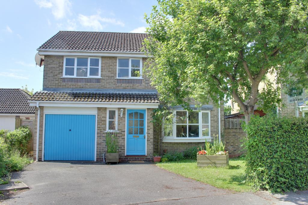 4 Bedrooms Detached House for sale in THE WILLOWS, DENMEAD