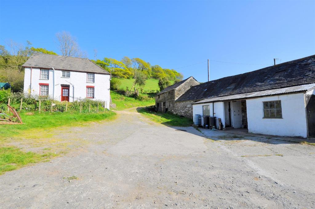 3 Bedrooms Detached House for sale in Pennal, Machynlleth