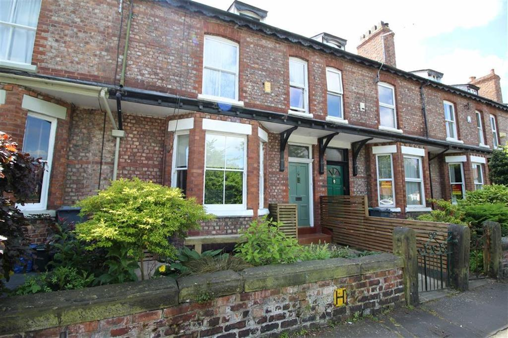 4 Bedrooms Terraced House for sale in Sandy Lane, Chorlton