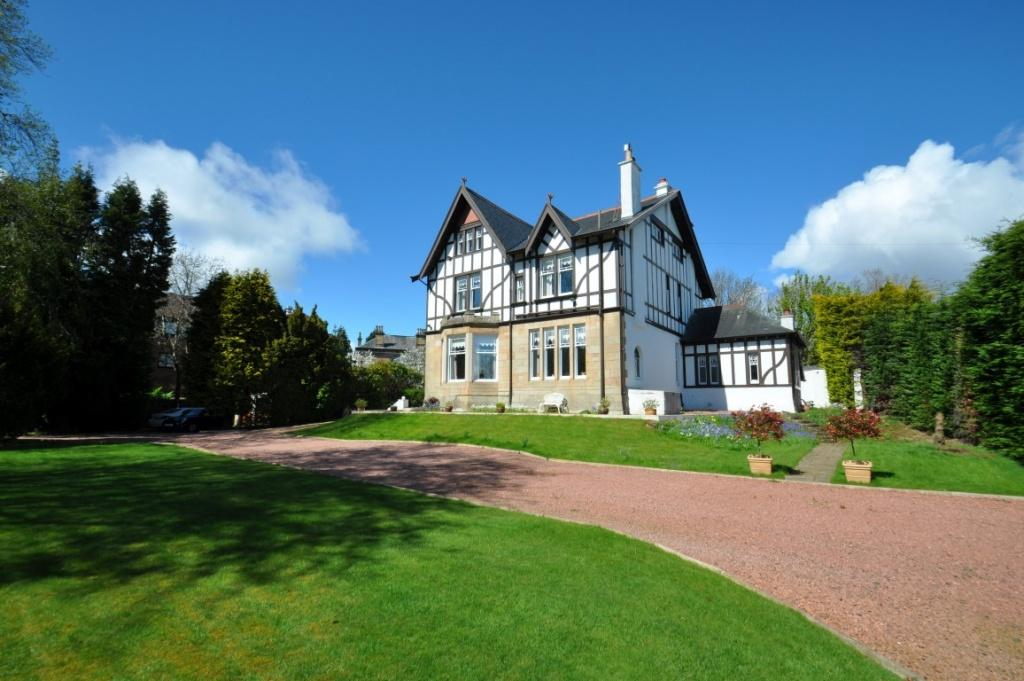 5 Bedrooms Detached Villa House for sale in Southpark, 3 Eastwoodmains Road, Giffnock, G46 6QB