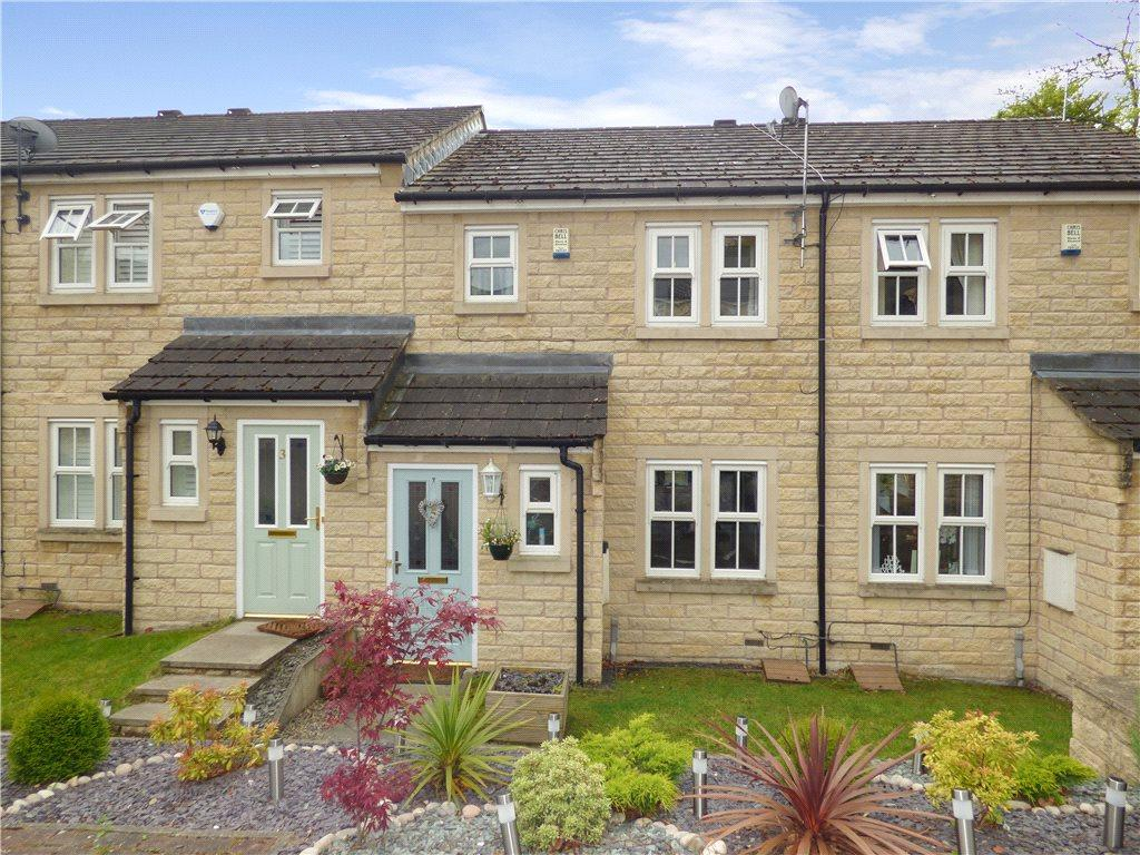 3 Bedrooms Town House for sale in Camwood Court, East Morton, West Yorkshire