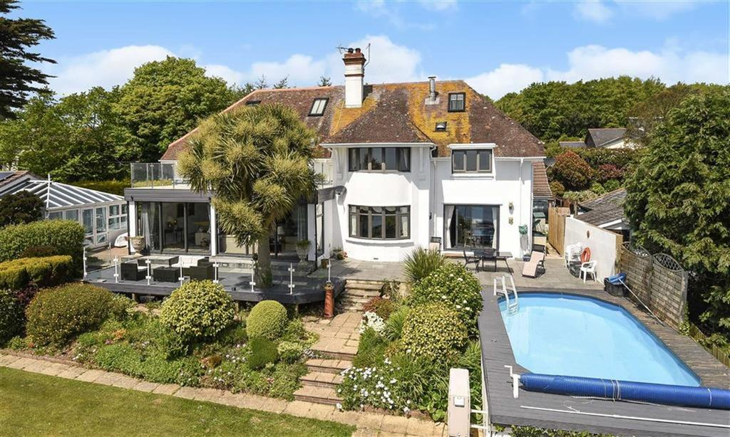 5 Bedrooms Detached House for sale in Hyne Town Road, Strete, Dartmouth, Devon, TQ6