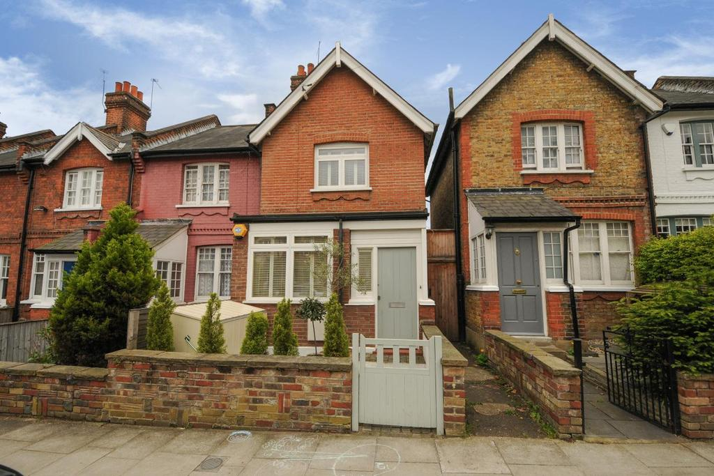 2 Bedrooms Terraced House for sale in Beechwood Road, Crouch End