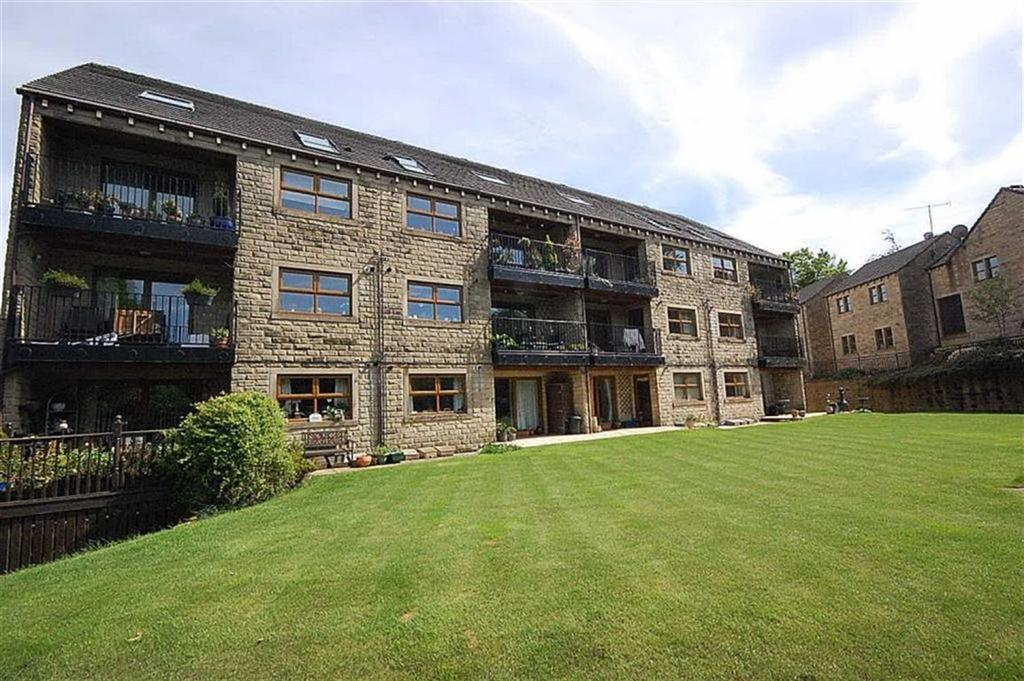 2 Bedrooms Apartment Flat for sale in Clough Lea, Marsden, Huddersfield, HD7