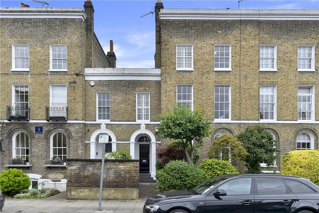 4 Bedrooms Terraced House for sale in Coborn Street, Bow, London, E3