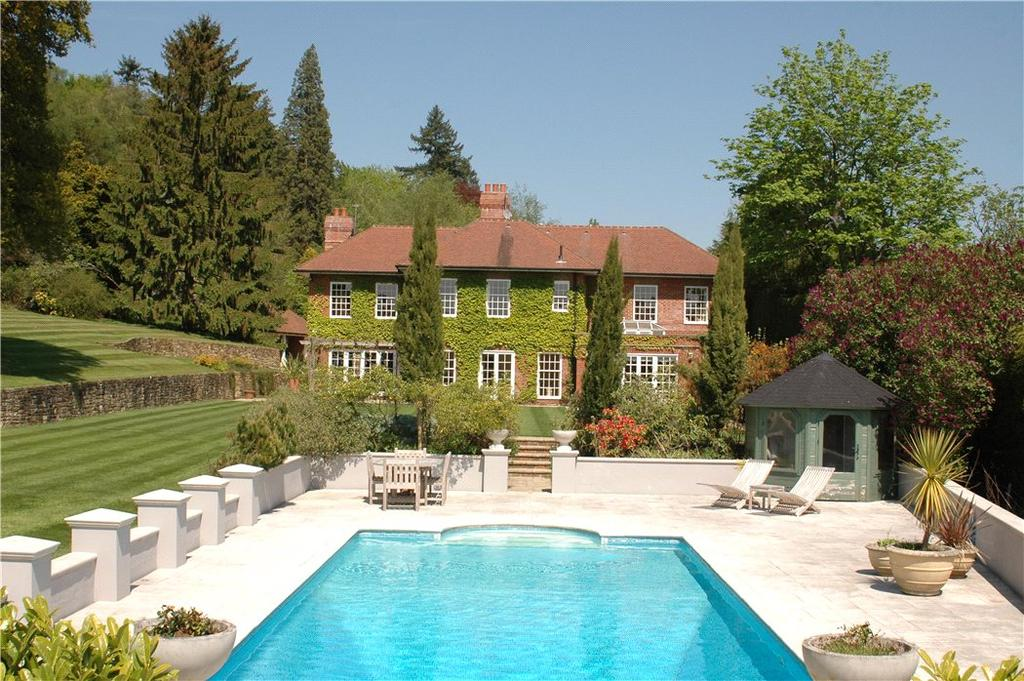 6 Bedrooms Detached House for sale in Hindhead Road, Haslemere, Surrey, GU27