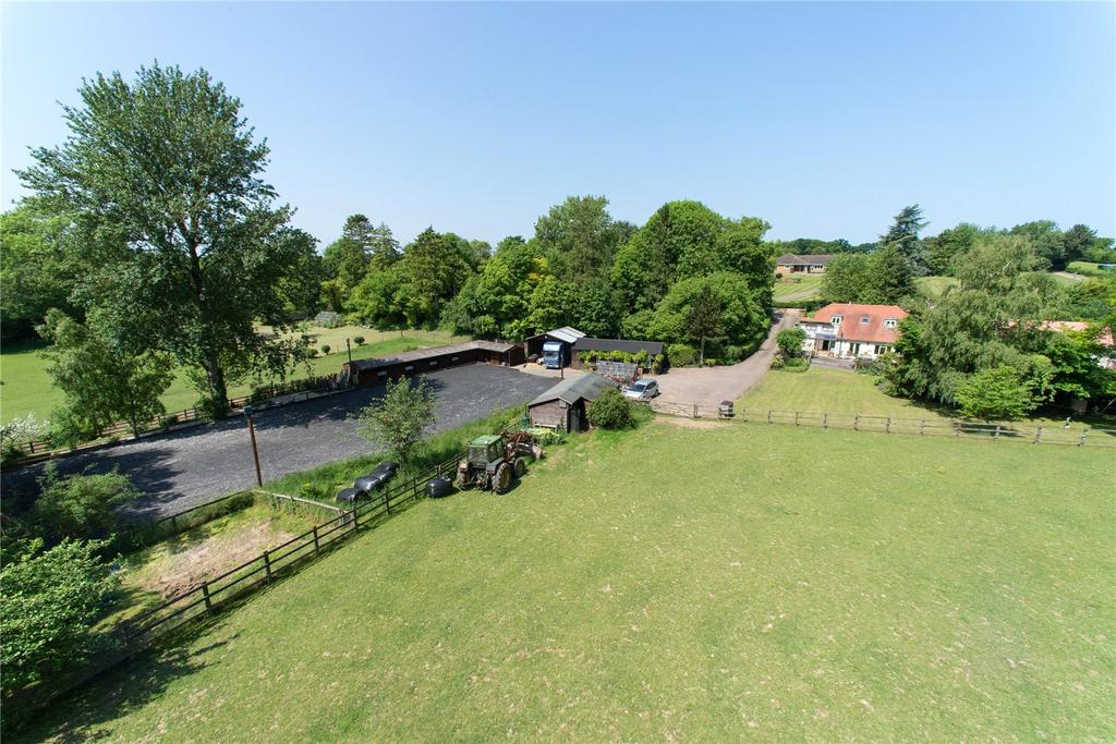 3 Bedrooms Detached House for sale in Reynards Road, Welwyn, Hertfordshire