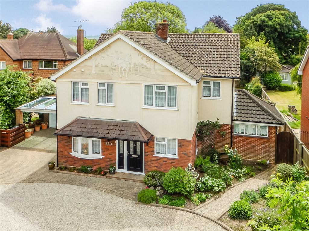 4 Bedrooms Detached House for sale in Springfield Road, Chelmsford, Essex