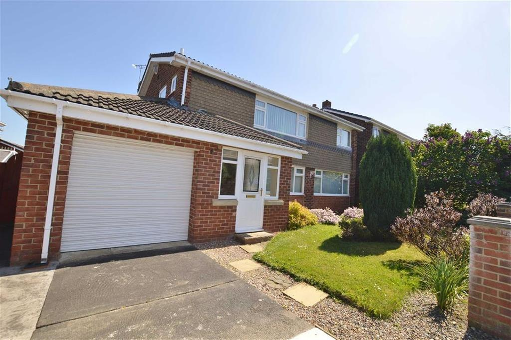 4 Bedrooms Detached House for sale in Woodburn Close, Winlaton