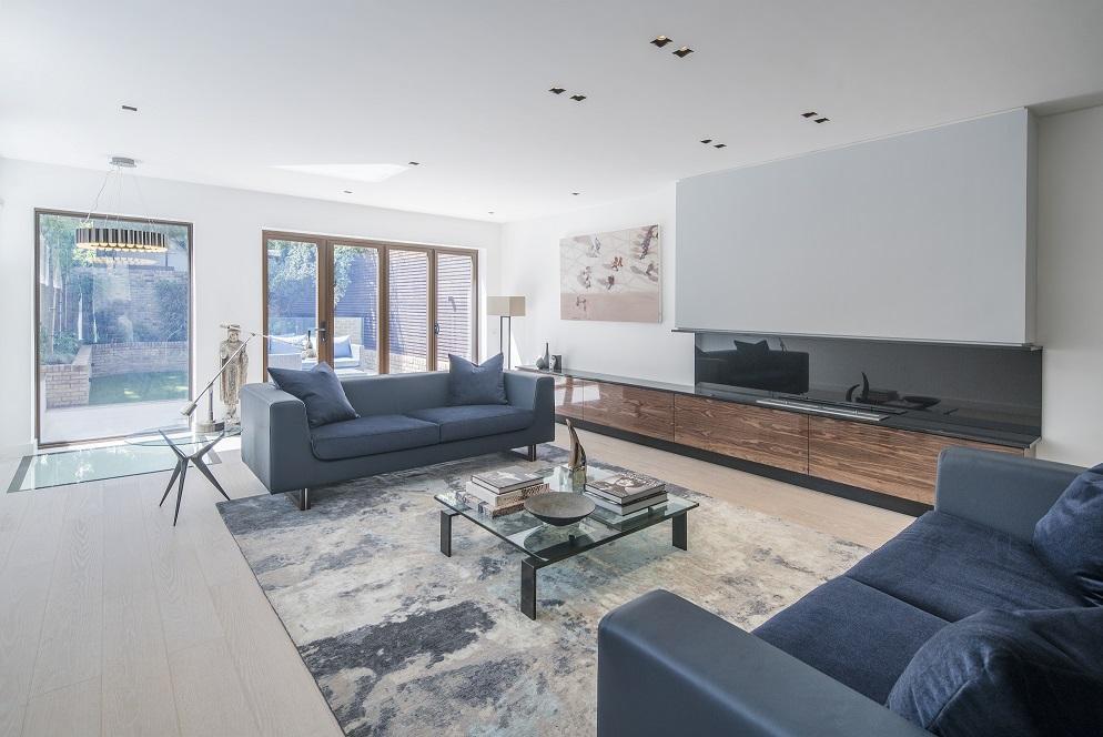 5 Bedrooms Semi Detached House for sale in Highbury New Park, London N5