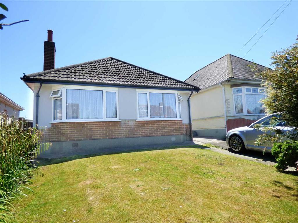 2 Bedrooms Detached Bungalow for sale in WELL PRESENTED THREE BEDROOM DETACHED BUNGALOW -Bournemouth