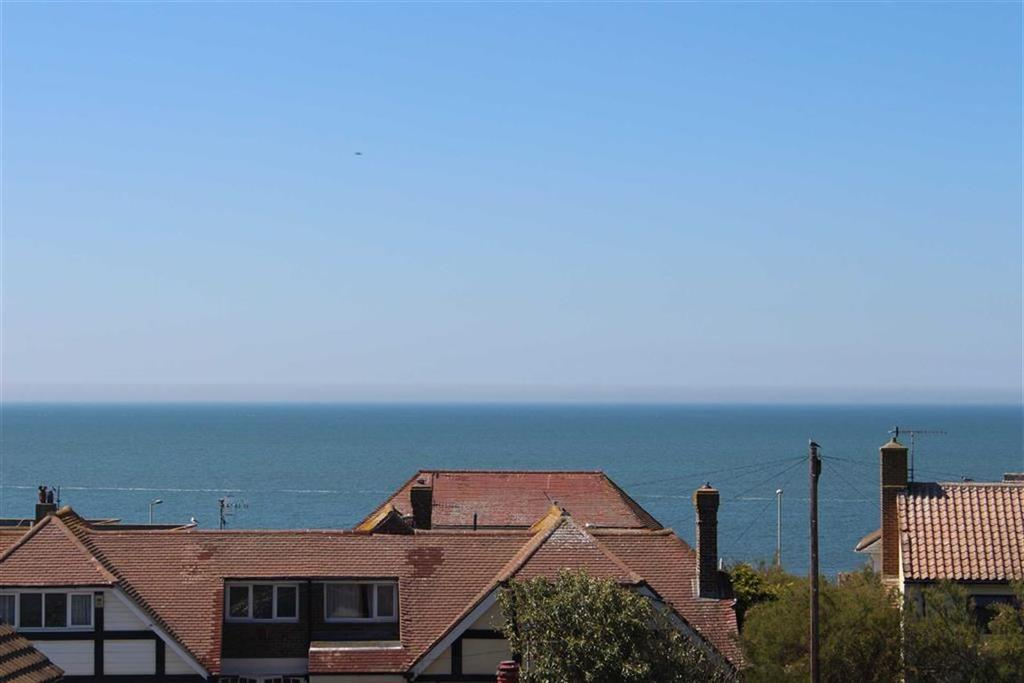 2 Bedrooms Apartment Flat for sale in Queens Park House, 35 Claremont Road, Seaford