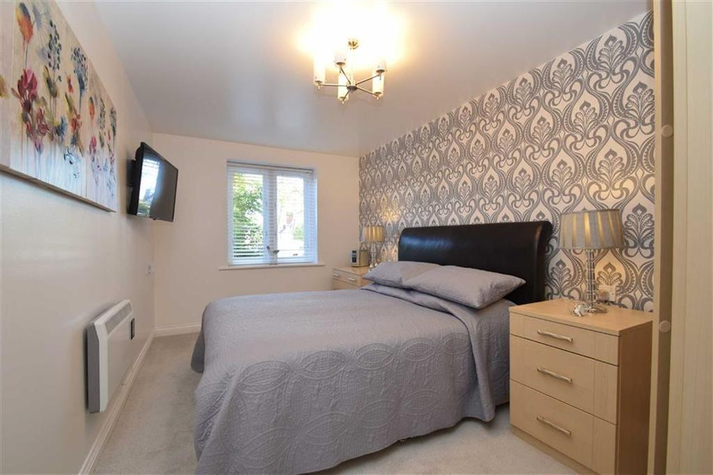 1 Bedroom Flat for sale in Filey Road, Scarborough, North Yorkshire, YO11