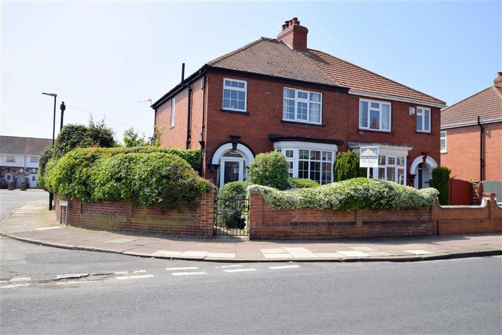 3 Bedrooms Semi Detached House for sale in Brereton Avenue, Cleethorpes, North East Lincolnshire