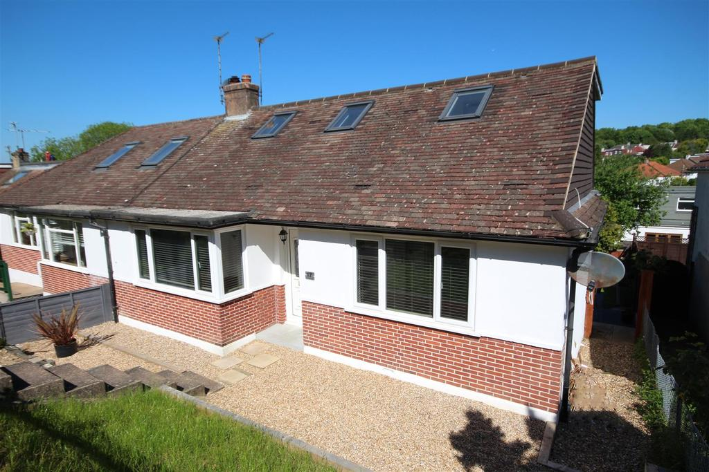 3 Bedrooms Semi Detached Bungalow for sale in The Deeside, Patcham, Brighton
