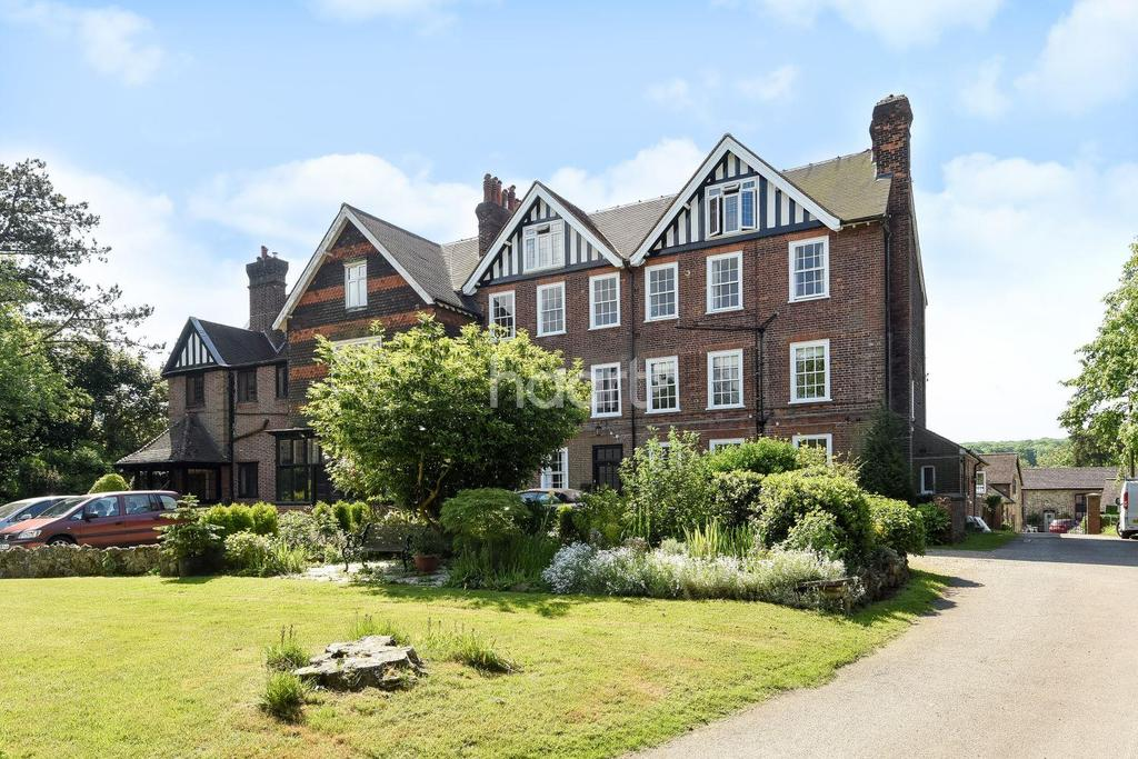 1 Bedroom Flat for sale in Stangrave Hall, Bletchingley Road, Godstone, RH9