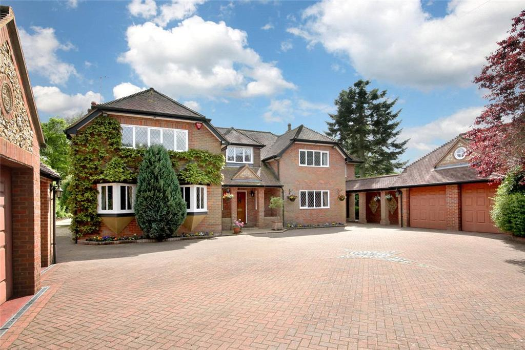 5 Bedrooms Detached House for sale in Wood Lane, South Heath, Great Missenden, Buckinghamshire, HP16