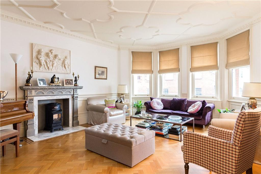 5 Bedrooms Flat for sale in Cadogan Square, Knightsbridge, London, SW1X