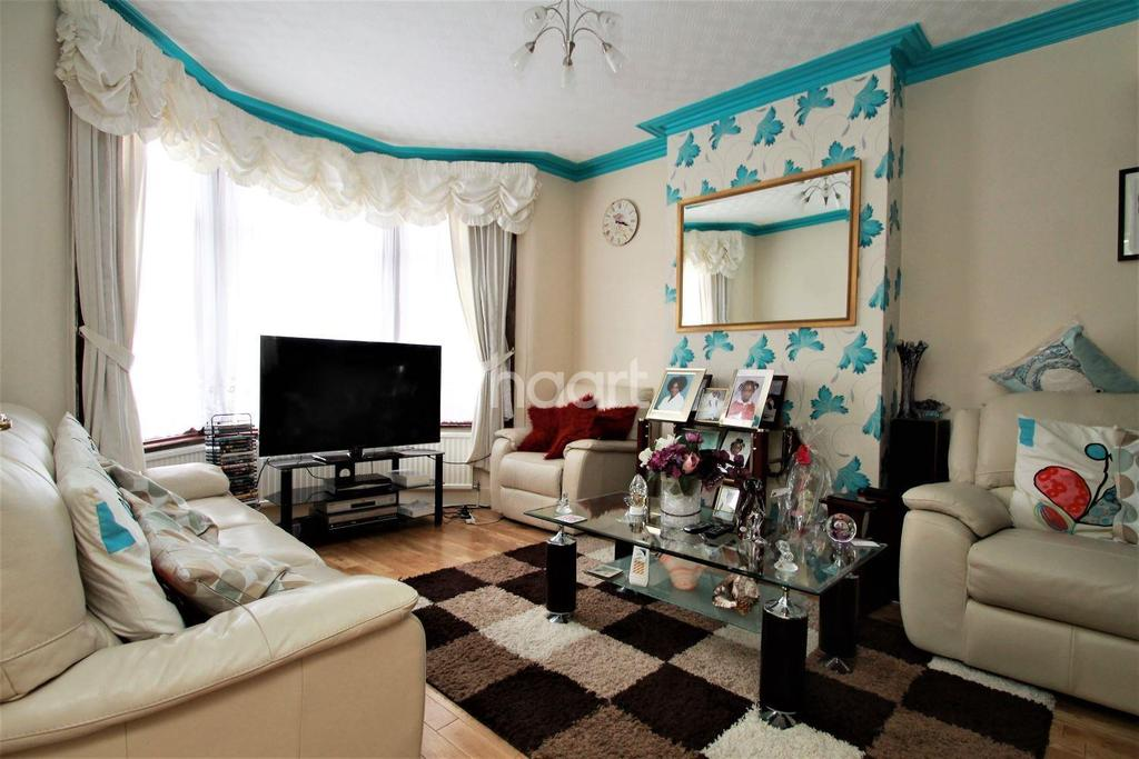 3 Bedrooms Terraced House for sale in Havant Road, Walthamstow