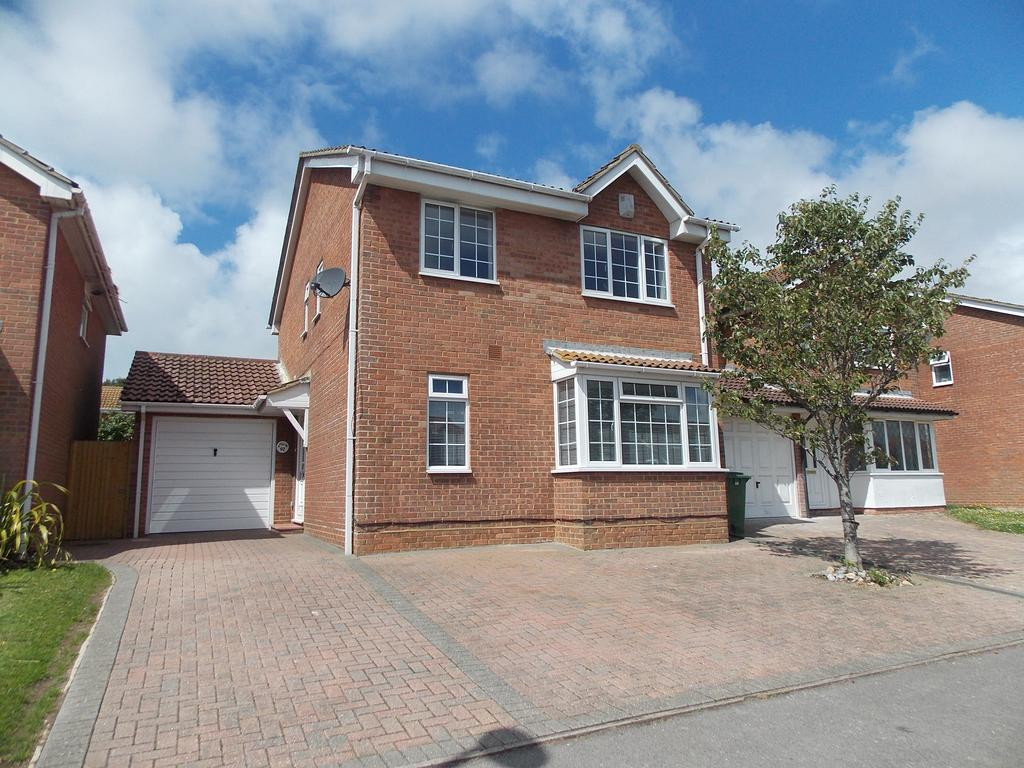 4 Bedrooms Detached House for sale in Ambleside Avenue, Telscombe Cliffs, East Sussex