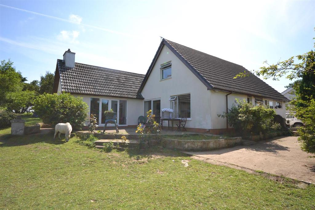 4 Bedrooms Land Commercial for sale in Felinwynt