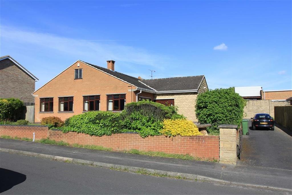 4 Bedrooms Bungalow for sale in Avon Drive, Whetstone, Leicestershire