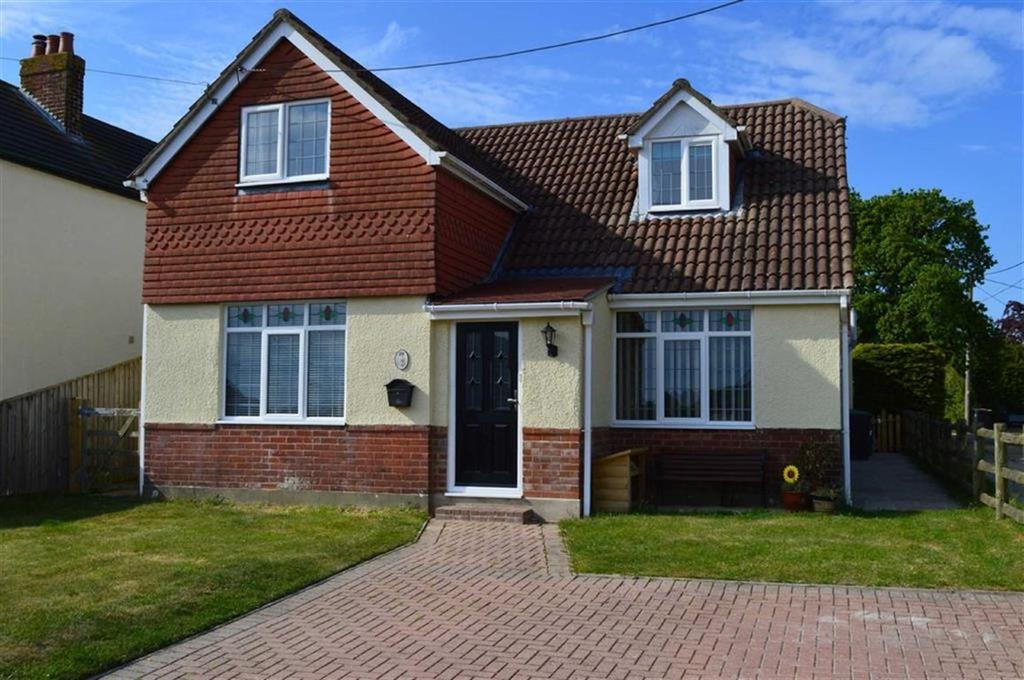 4 Bedrooms Detached House for sale in Blythe Road, Wimborne, Dorset