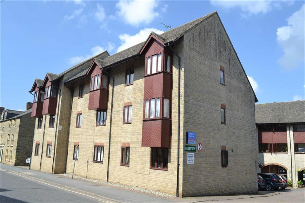 1 Bedroom Flat for sale in Millview, Chipping Norton, OXON