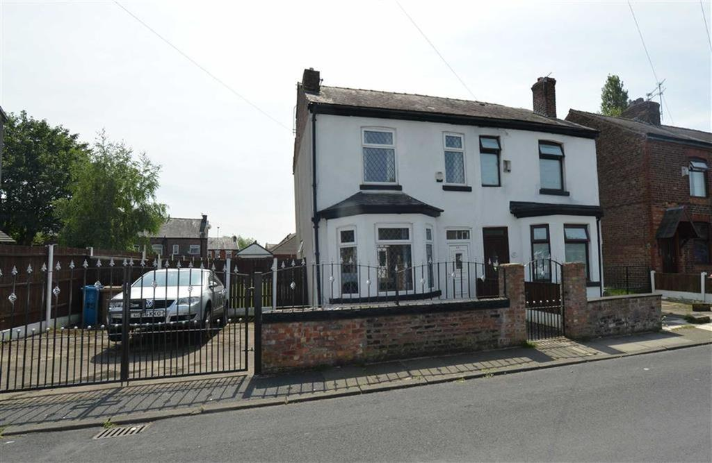 3 Bedrooms Semi Detached House for sale in Chapel Road, IRLAM, Manchester