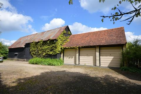4 bedroom property for sale - Shonks Farm Barn, Mill Street, Hastingwood, North Weald, Essex