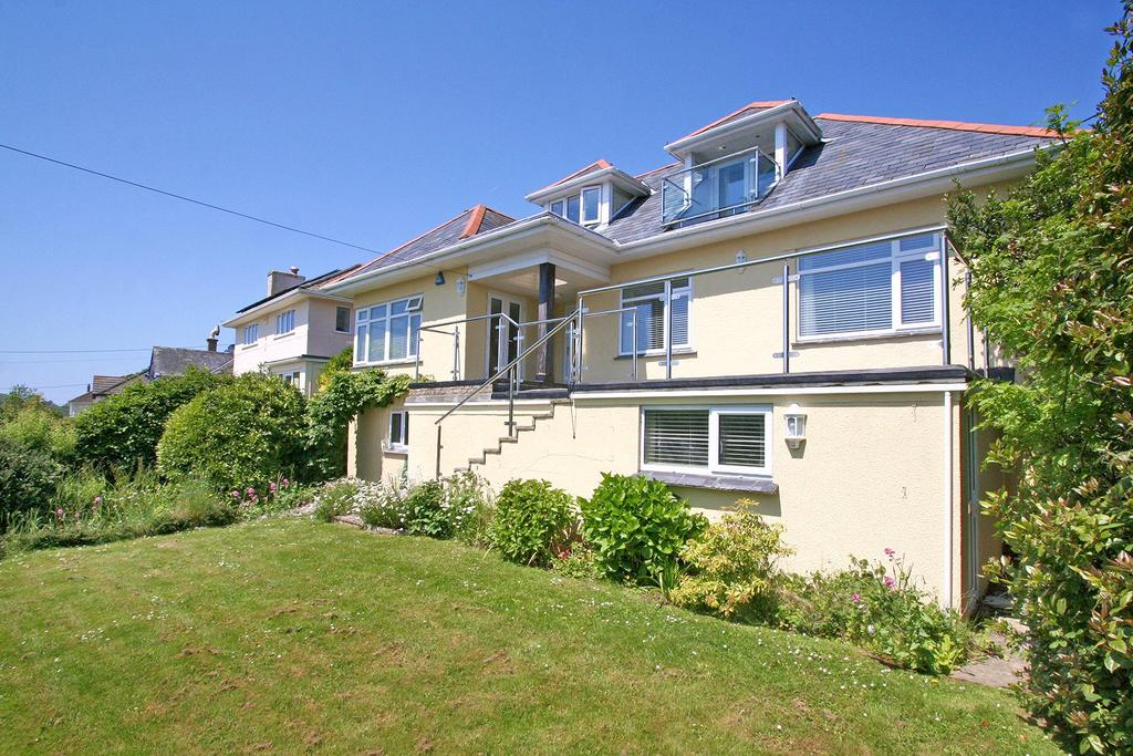 3 Bedrooms Detached House for sale in Yealm Road, Newton Ferrers, Devon, PL8