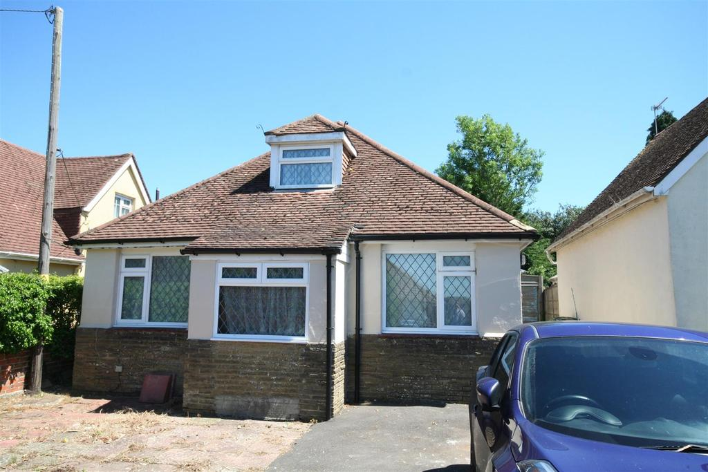 3 Bedrooms Detached Bungalow for sale in Wood Lane, Small Dole,