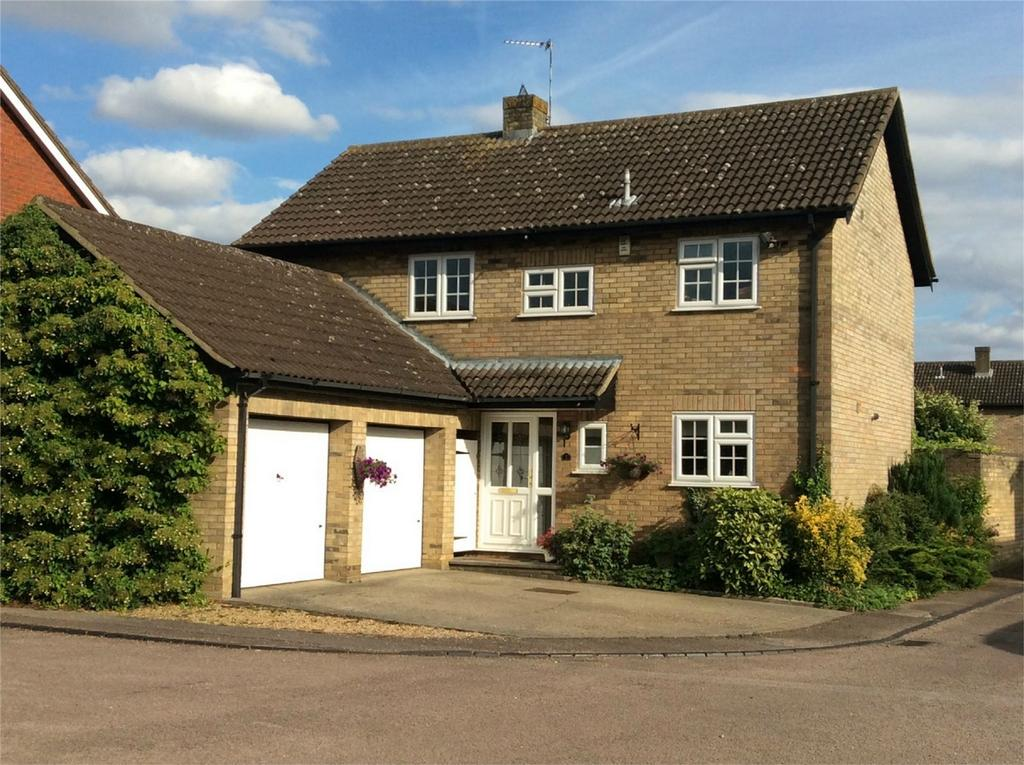 4 Bedrooms Detached House for sale in Peartree Close, SHEFFORD, Bedfordshire