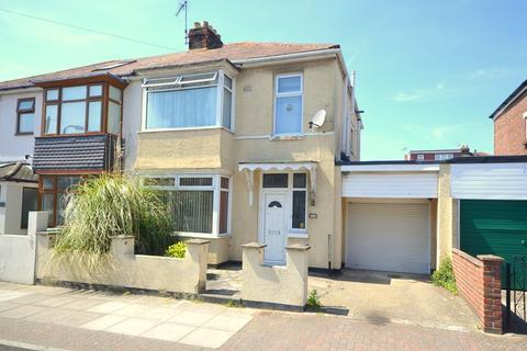3 bedroom semi-detached house for sale - Paignton Avenue, Baffins, Portsmouth