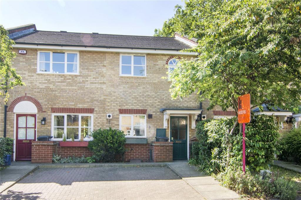 2 Bedrooms Flat for sale in Jackson Close, Speldhurst Road, Hackney, London, E9