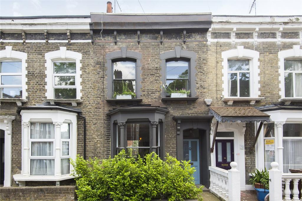 3 Bedrooms Terraced House for sale in Brenthouse Road, London, E9