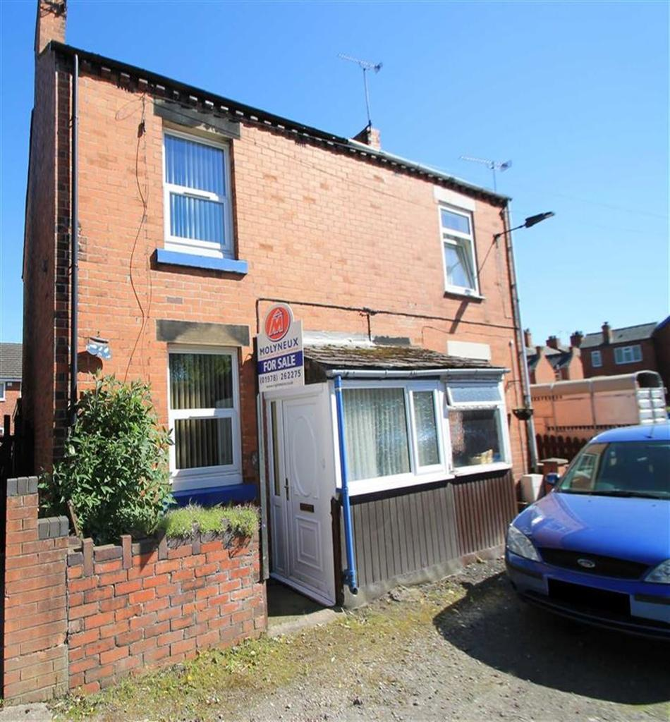 2 Bedrooms Semi Detached House for sale in Twyford House, Ruabon, Wrexham