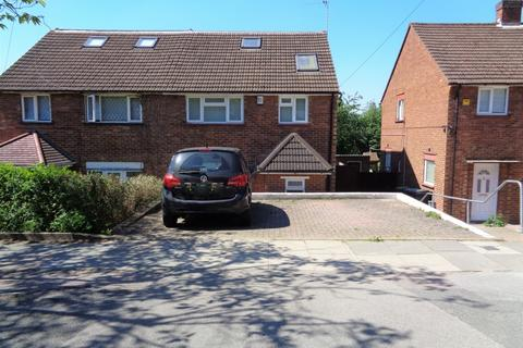 4 bedroom semi-detached house to rent - Worcester Crescent, Mill Hill, NW7